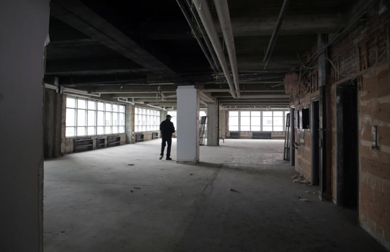 02 - image Barron Building
